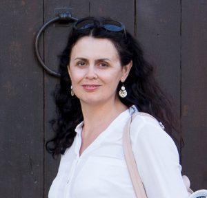 Елена Енева